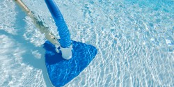 cleaning-pool
