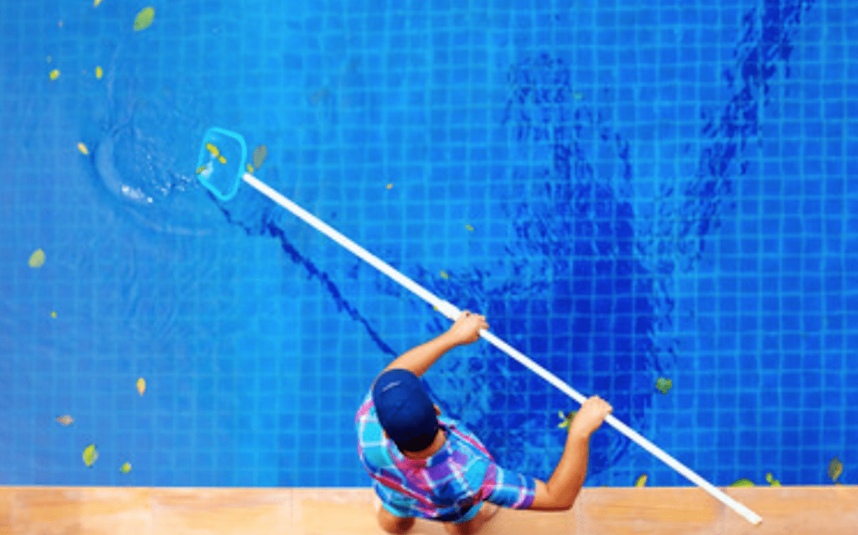 best pool cleaning system